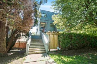 Photo 3: 1614 MAPLE Street in Vancouver: Kitsilano Townhouse for sale (Vancouver West)  : MLS®# R2589532