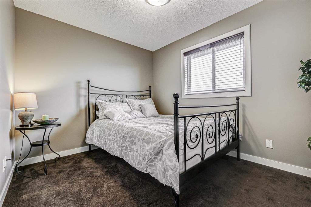 Photo 25: Photos: 200 EVERBROOK Drive SW in Calgary: Evergreen Detached for sale : MLS®# A1102109