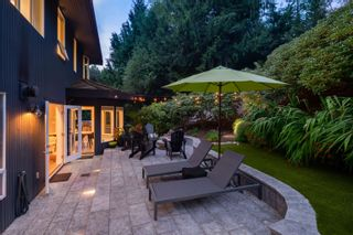 Photo 8: 4860 NORTHWOOD Drive in West Vancouver: Cypress Park Estates House for sale : MLS®# R2617676