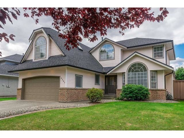 "Main Photo: 9283 203 Street in Langley: Walnut Grove House for sale in ""Forest Glen"" : MLS®# R2329543"