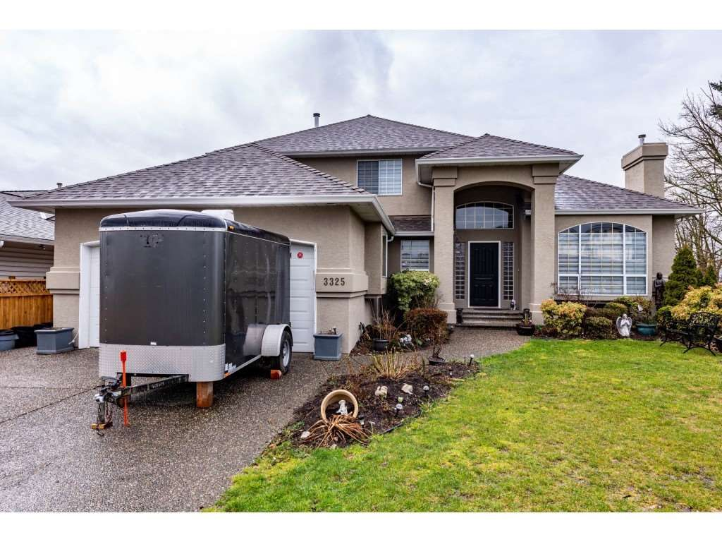 Main Photo: 3325 FIRHILL DRIVE in Abbotsford: Abbotsford West House for sale : MLS®# R2554039