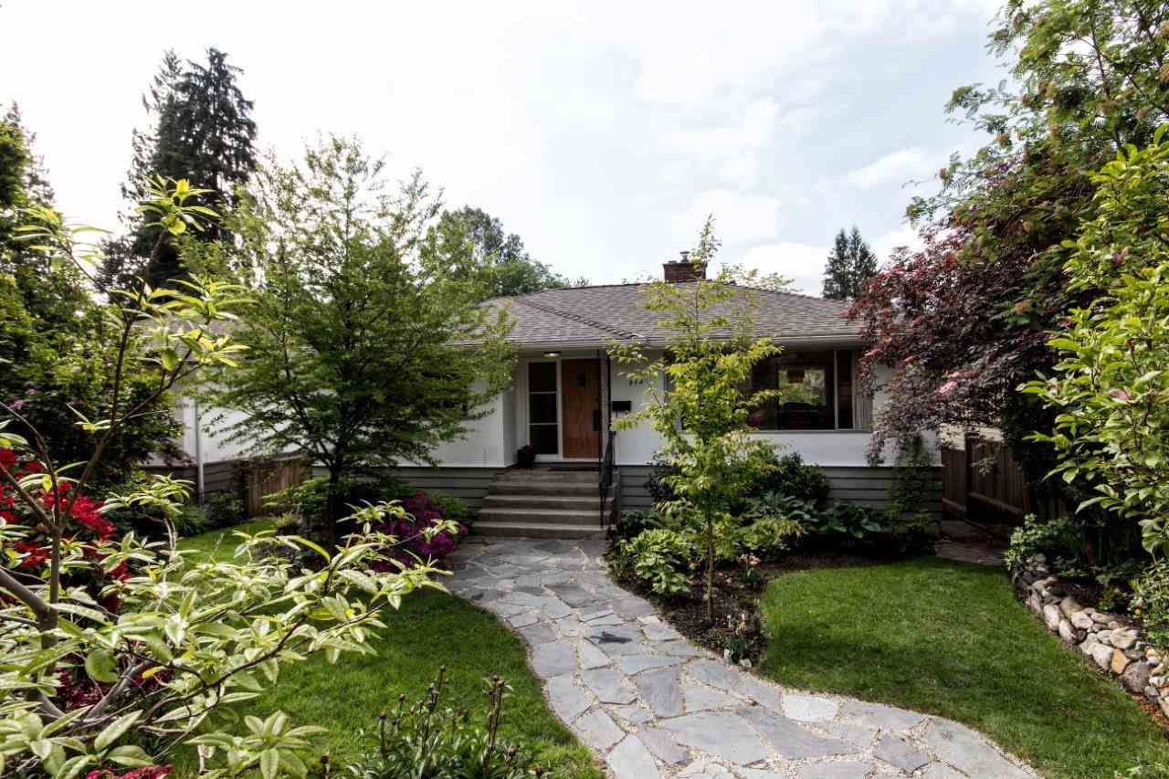 """Photo 26: Photos: 915 E 13TH Street in North Vancouver: Boulevard House for sale in """"Grand Boulevard"""" : MLS®# R2535688"""