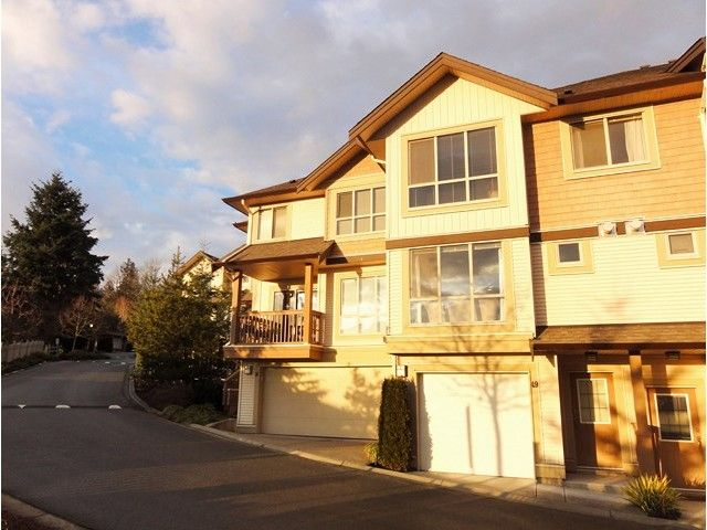 "Main Photo: 49 20350 68TH Avenue in Langley: Willoughby Heights Townhouse for sale in ""SUNRIDGE"" : MLS®# F1404791"
