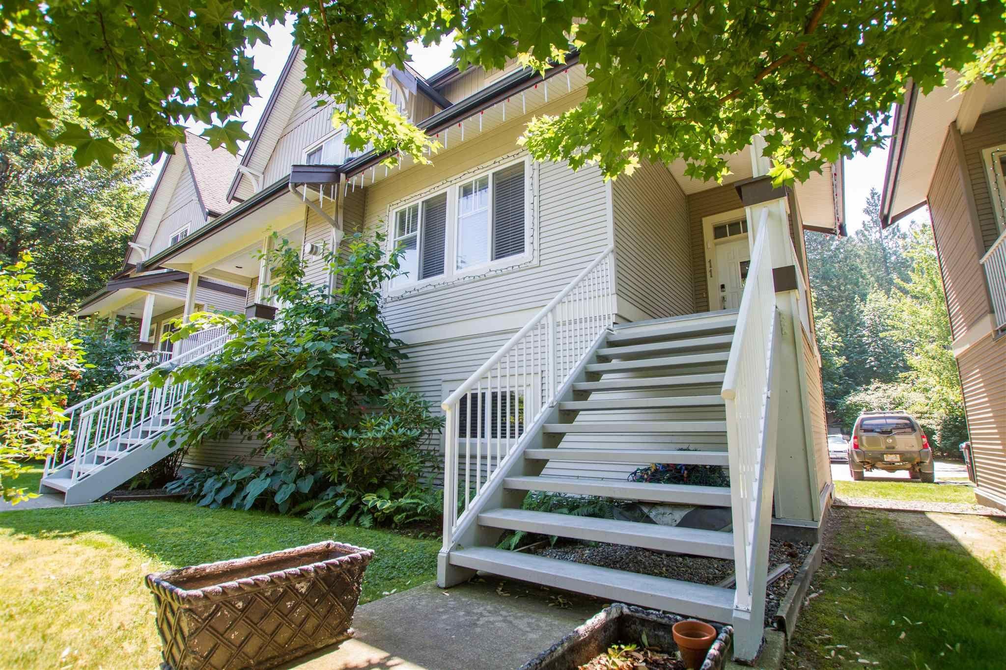 """Photo 4: Photos: 11 1800 MAMQUAM Road in Squamish: Garibaldi Estates Townhouse for sale in """"Virescence"""" : MLS®# R2597844"""