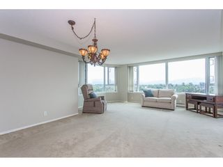 """Photo 7: 1405 3170 GLADWIN Road in Abbotsford: Central Abbotsford Condo for sale in """"Regency Tower"""" : MLS®# R2318450"""