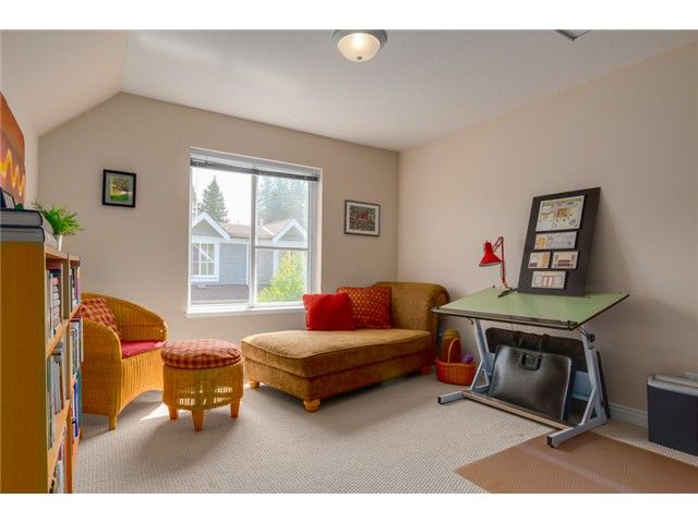"""Photo 11: Photos: 25 2688 MOUNTAIN Highway in North Vancouver: Westlynn Townhouse for sale in """"CRAFTSMAN ESTATES"""" : MLS®# V1073311"""