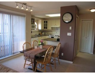 """Photo 4: 403 1650 GRANT Avenue in Port_Coquitlam: Glenwood PQ Condo for sale in """"FOREST SIDE/GLENWOOD"""" (Port Coquitlam)  : MLS®# V764099"""