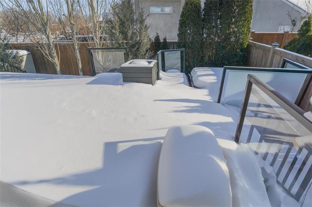 Photo 34: Photos: 35 Ravine Drive in Winnipeg: River Pointe Residential for sale (2C)  : MLS®# 202101783
