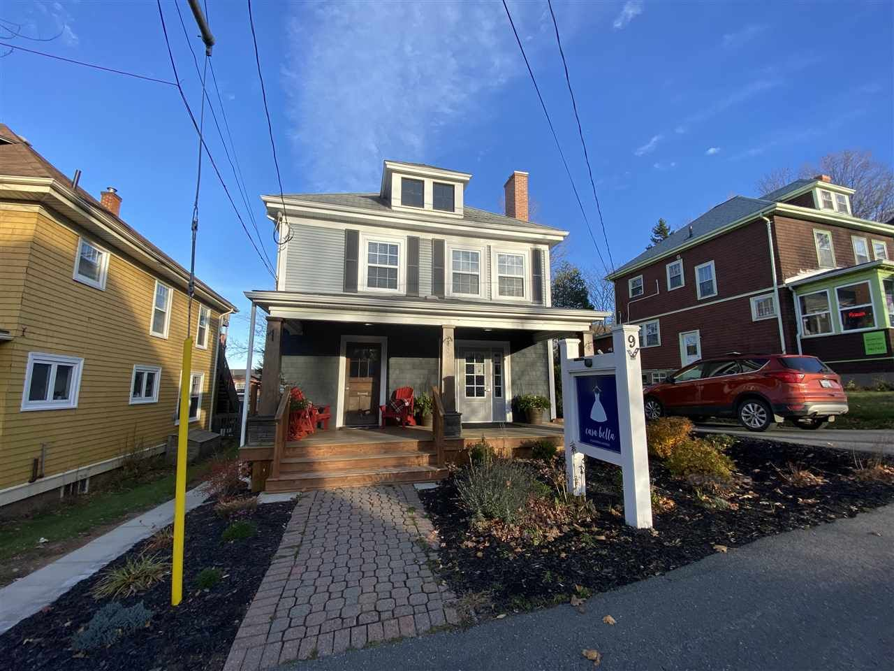Main Photo: 9 Gaspereau Avenue in Wolfville: 404-Kings County Commercial  (Annapolis Valley)  : MLS®# 202102470
