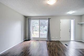 Photo 6: 425 40 Street NE in Calgary: Marlborough Row/Townhouse for sale : MLS®# A1147750