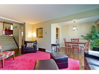 """Photo 2: 1072 LILLOOET Road in North Vancouver: Lynnmour Townhouse for sale in """"LILLOOET PLACE"""" : MLS®# V1048162"""