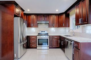 Photo 5: 1262 KILMER Road in North Vancouver: Lynn Valley House for sale : MLS®# R2145718