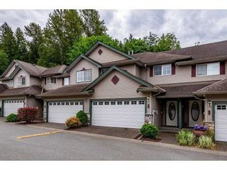"""Photo 2: 26 46360 VALLEYVIEW Road in Chilliwack: Promontory Townhouse for sale in """"Apple Creek"""" (Sardis)  : MLS®# R2587455"""