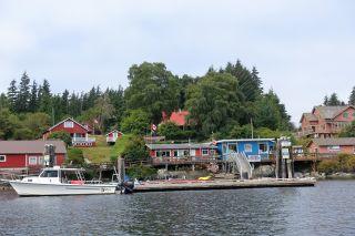 Photo 1: 85 Bamfield Boardwalk Boardwalk in Bamfield: House for sale : MLS®# 427109