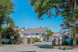 """Photo 2: 1315 21937 48 Avenue in Langley: Murrayville Townhouse for sale in """"Orangewood"""" : MLS®# R2607237"""