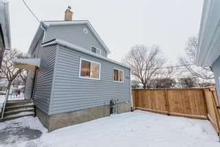 Photo 18: 703 Dudley Avenue in Winnipeg: Crescentwood House for sale (1B)  : MLS®# 1931032
