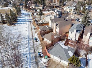Photo 33: 211 Coachway Road SW in Calgary: Coach Hill Detached for sale : MLS®# A1088141