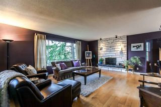 Photo 2: 831 LILLIAN Street in Coquitlam: Harbour Chines House for sale : MLS®# R2107835