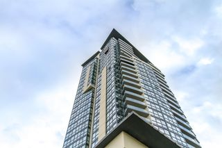 Photo 29: 902-2225 Holdom Ave in Burnaby: Condo for sale (Burnaby North)  : MLS®# R2463125