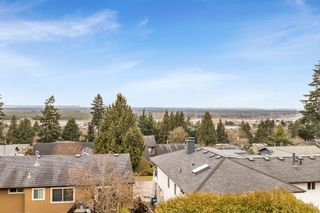 """Photo 2: 8109 WILTSHIRE Boulevard in Delta: Nordel House for sale in """"Canterbury Heights"""" (N. Delta)  : MLS®# R2544105"""