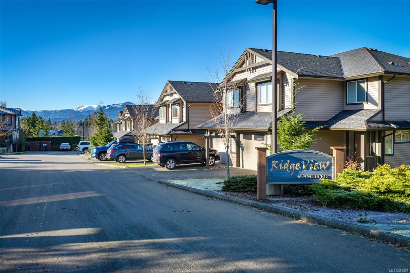 Main Photo: 230 4699 Muir Rd in : CV Courtenay East Row/Townhouse for sale (Comox Valley)  : MLS®# 864358