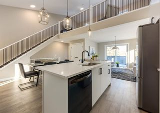 Photo 12: 1956 19 Street NW in Calgary: Banff Trail Row/Townhouse for sale : MLS®# A1071030