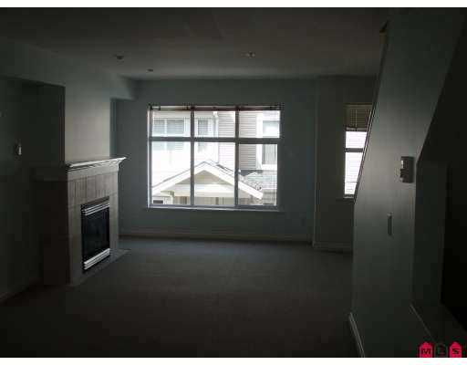 "Photo 3: Photos: 19 6450 199TH Street in Langley: Willoughby Heights Townhouse for sale in ""Logans Landing"" : MLS®# F2710390"