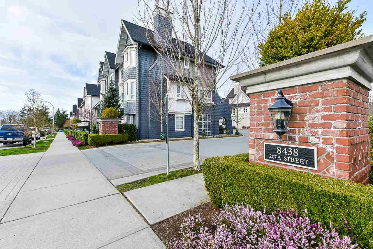 """Main Photo: 20 8438 207A Street in Langley: Willoughby Heights Townhouse for sale in """"YORK"""" : MLS®# R2565486"""