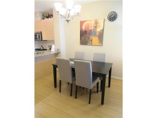 """Photo 5: 413 5775 IRMIN Street in Burnaby: Metrotown Condo for sale in """"Macpherson Walk"""" (Burnaby South)  : MLS®# V1015737"""