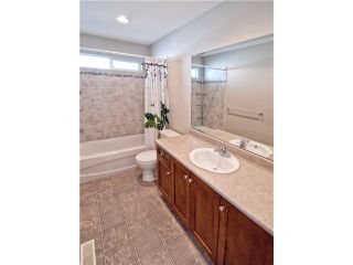 """Photo 8: 11253 CREEKSIDE Street in Maple Ridge: Cottonwood MR House for sale in """"BLUEBERRY HILL"""" : MLS®# V992122"""