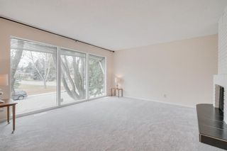 Photo 5: 2132 Palisdale Road SW in Calgary: Palliser Detached for sale : MLS®# A1048144