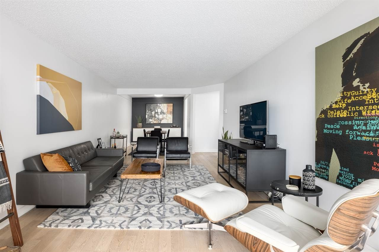 """Photo 9: Photos: 307 1470 PENNYFARTHING Drive in Vancouver: False Creek Condo for sale in """"Harbour Cove"""" (Vancouver West)  : MLS®# R2552898"""
