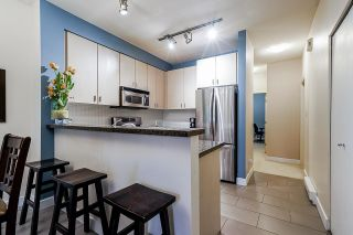 """Photo 11: 54 6878 SOUTHPOINT Drive in Burnaby: South Slope Townhouse for sale in """"CORTINA"""" (Burnaby South)  : MLS®# R2615060"""