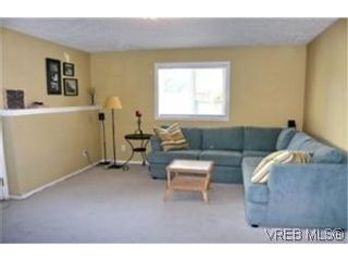 Photo 6:  in VICTORIA: Vi Oaklands Half Duplex for sale (Victoria)  : MLS®# 471075