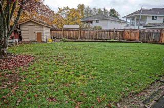 Photo 3: 7086 126A Street in Surrey: West Newton House for sale : MLS®# R2119592