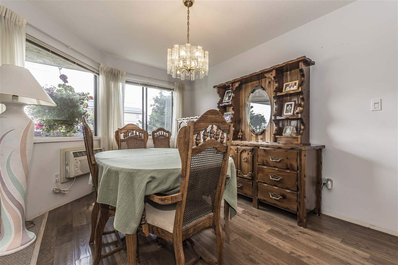 Photo 9: Photos: 211 31955 OLD YALE ROAD in Abbotsford: Abbotsford West Condo for sale : MLS®# R2274586