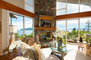 Photo 2: 90 TIDEWATER Way: Lions Bay House for sale (West Vancouver)  : MLS®# R2584020