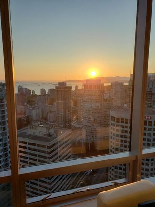 """Photo 30: 3402 1111 ALBERNI Street in Vancouver: West End VW Condo for sale in """"Shangri-La Live/Work"""" (Vancouver West)  : MLS®# R2482149"""