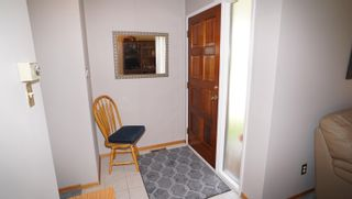 Photo 13: 10615 165 Avenue NW in Edmonton: Zone 27 House for sale : MLS®# E4264865