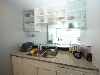 """Photo 9: 2903 928 BEATTY Street in Vancouver: Yaletown Condo for sale in """"MAX 1"""" (Vancouver West)  : MLS®# R2294406"""