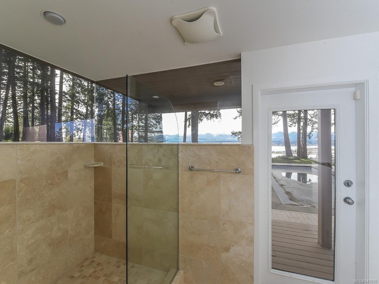 Photo 30: Photos: 1156 Moore Rd in COMOX: CV Comox Peninsula House for sale (Comox Valley)  : MLS®# 840830