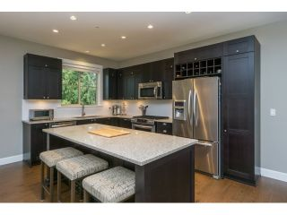 "Photo 5: 305 15175 36 Avenue in Surrey: Morgan Creek Condo for sale in ""Edgewater"" (South Surrey White Rock)  : MLS®# R2039054"