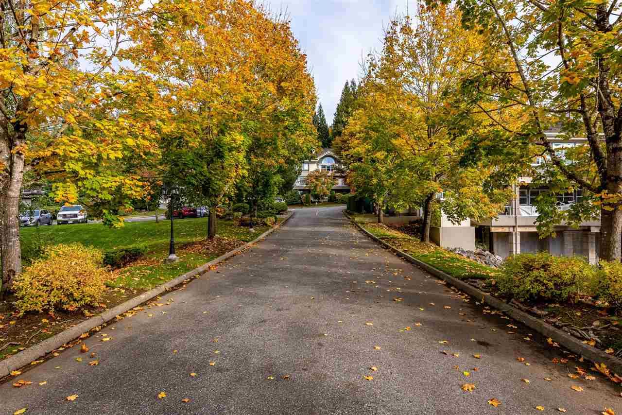 """Photo 2: Photos: 62 4001 OLD CLAYBURN Road in Abbotsford: Abbotsford East Townhouse for sale in """"CEDAR SPRINGS"""" : MLS®# R2513100"""