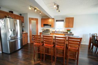 Photo 8: 38 Brittany Drive in Winnipeg: Residential for sale (1G)  : MLS®# 202104670