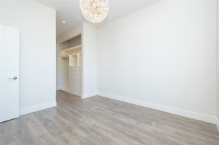 """Photo 16: 408 4355 W 10TH Avenue in Vancouver: Point Grey Condo for sale in """"Iron & Whyte"""" (Vancouver West)  : MLS®# R2462324"""
