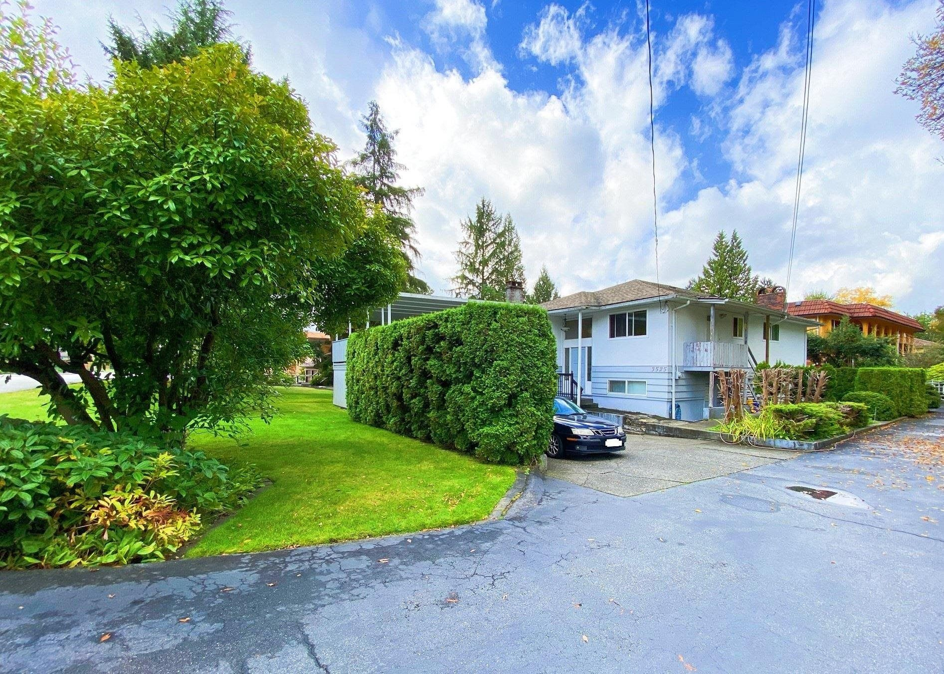 Main Photo: 3525 PHILLIPS Avenue in Burnaby: Government Road House for sale (Burnaby North)  : MLS®# R2623259
