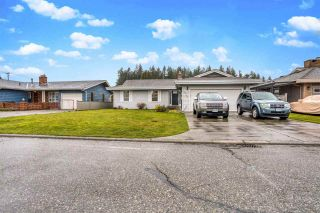 Photo 1: 32767 BELLVUE Crescent in Abbotsford: Abbotsford West House for sale : MLS®# R2539106