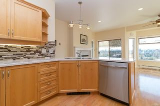Photo 12: 24 4318 Emily Carr Dr in : SE Broadmead Row/Townhouse for sale (Saanich East)  : MLS®# 867396