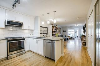 "Photo 4: 212 2181 W 12TH Avenue in Vancouver: Kitsilano Condo for sale in ""The Carlings"" (Vancouver West)  : MLS®# R2561909"