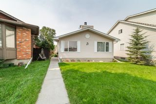 Main Photo: 23 Templevale Way NE in Calgary: Temple Detached for sale : MLS®# A1130524